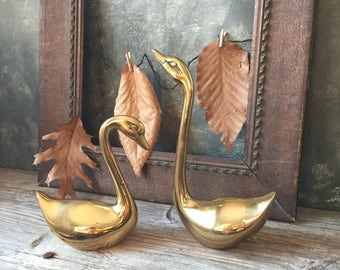 Pair of Brass Swans | Vintage Solid Brass Swan Figurine Set | Mid-Century Swans | Brass Birds | Hollywood Regency | Brass Home Decor