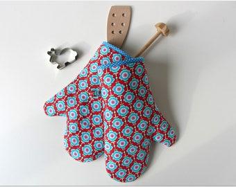 Oven glove oven mitt pot holder oven cloth blue red flowers