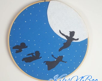 Peter Pan embroidery hoop wall decor - Neverland nursery hoop art - Peter Pan decor - Peter pan wall hangings - Neverland Nursery