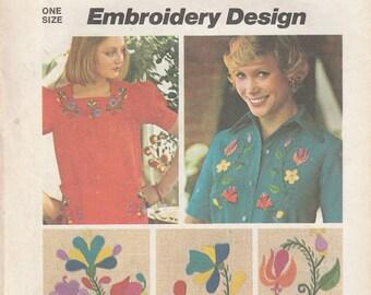 Simplicity Pattern 6439 Embroidery Design Vintage Hippy Flowers Flower Child Hippie Craft Transfer Motif 1974 Floral Fashion