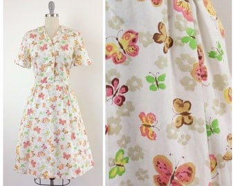 50s Butterfly & Floral Print Cotton Dress / 1950s Vintage Novelty Print Flower Sun Summer Dress / Medium / Size 8