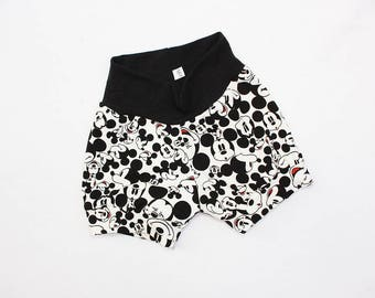Mickey Mouse Baby Shorts 6-9 months Monochrome Mickey Mouse Baby Shorties Infant Shorts Mickey Mouse Baby Clothes Baby Disneyland Outfit