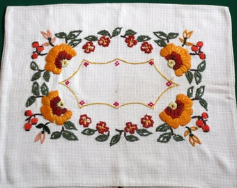 vintage Pillowcase hand embroidery pillow cover hand embroidered pillow flowers floral pattern bedding 60s