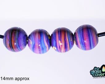 Handmade Borosilicate silver glass rounds with or without ribbed design.