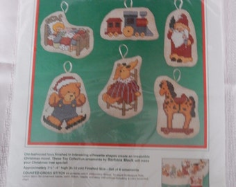 Counted Cross Stitch Toy Collection Ornaments Christmas 1989 Copyright #8392