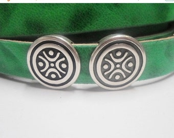 2 Hooray Circle Sliders for 13mm Flat Leather or Multistrand Round Leather Bracelets,