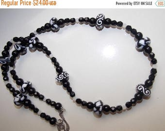 20%OFF Black and White Swirl Lampwork and Black Czech Glass Necklace