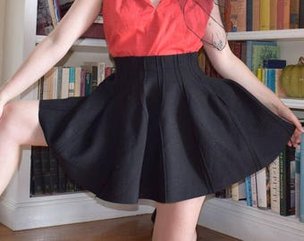 Knit Structured Bubble Skirt
