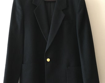 Burberry Stunning quality finest wool black blazer with brass buttons all with signature horse embossed.. UK SIZE 12