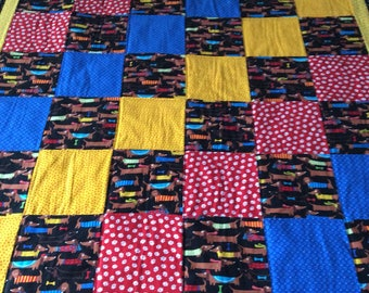 Dachshund quilt, Dog quilt, baby quilt, childs quilt, primary colors