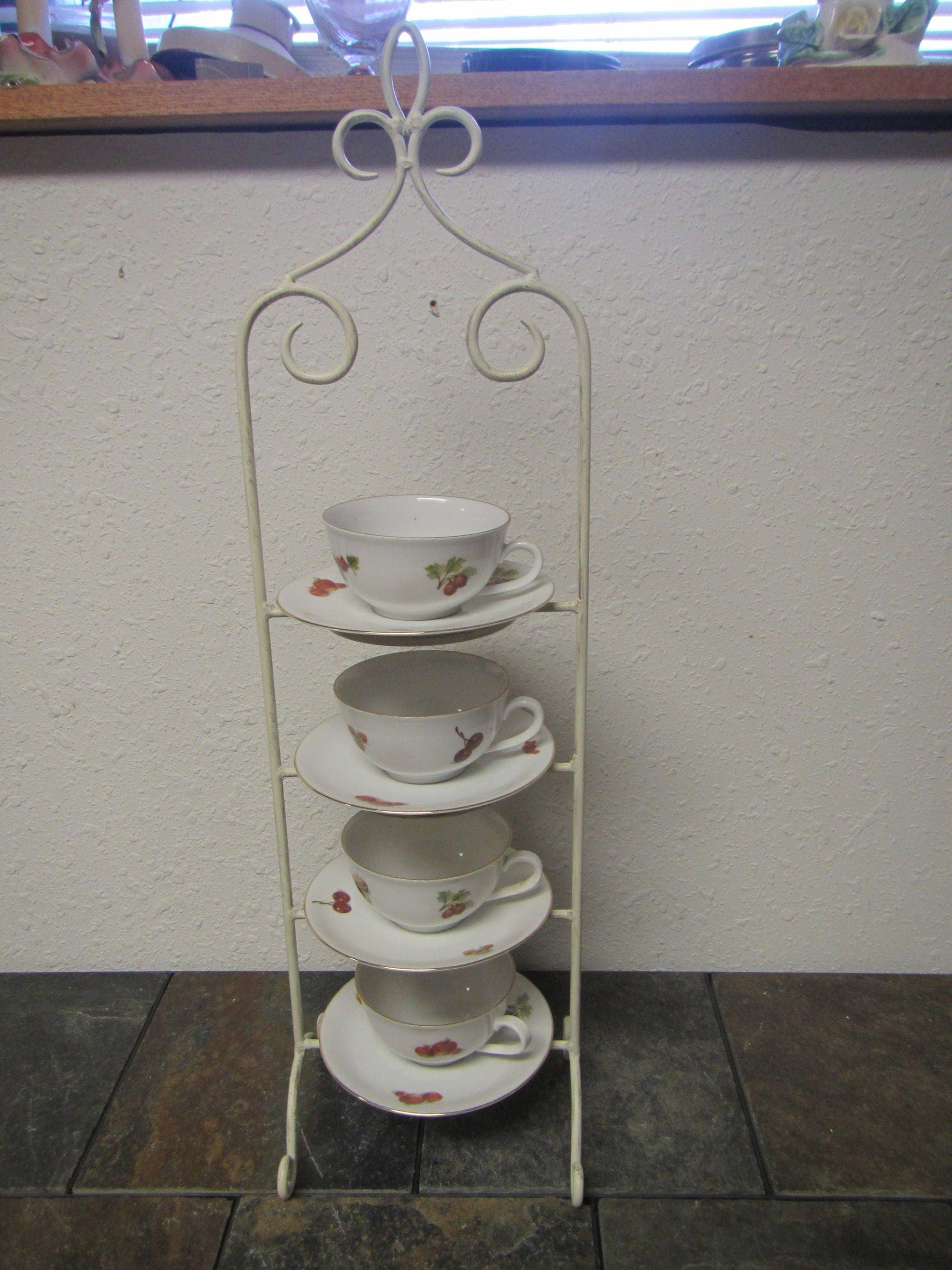 Vintage Iron 4 Tier Tea Cup And Saucer Display Rack Holds 4