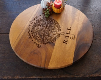 Family Tree Lazy Suzan, Acacia Wood Turntable, Engraved with Family Names, Pizza Serving Platter, Wooden Serveware, Gift For Her