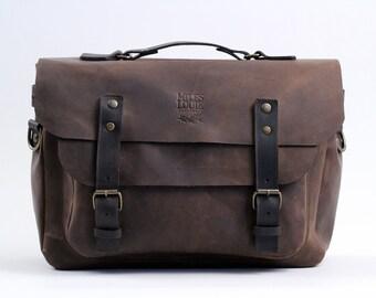 Laptop Messenger Bag (Maple)