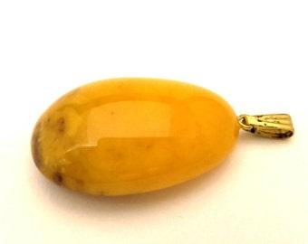 Amber Baltic Pendant Natural Genuine 3.76 Gr Yellow Egg Yolk Color Unique