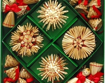 Scandinavian Straw Ornaments - Box of 30 pieces - #H1-560