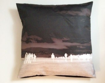 Cushion Stonehenge Art Pilbri Design without inlet
