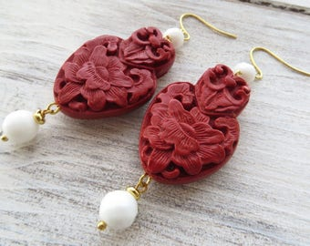Red and white earrings, cinnabar earrings, agate earrings, large earrings, dangle earrings, summer earrings, statement jewelry, bijoux