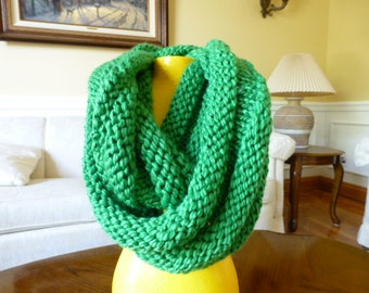 Emerald Green Ribbed Infinity Scarf