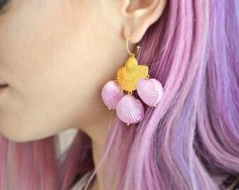 Mermaid Lilac Seashell Earrings / Purple Shells / Gold plated brass / Boho earrings / Handmade Chandelier Earrings / Shell Earrings