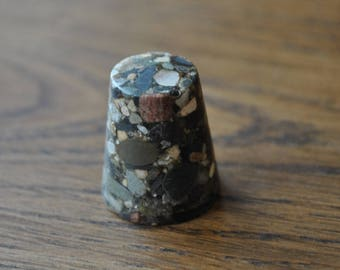 Vintage thimble - Natural stone