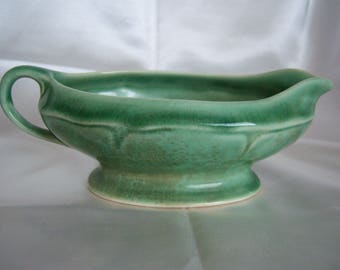Vintage 1930's Mt Clemens Petal Ware Green Gravy Sauce Boat Pitcher USA - Free Shipping