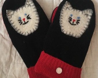 G16 kids felted wool mittens  lined with fleece