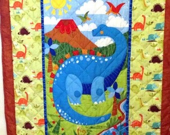 Dinosaur Quilt, Hand quilted, Baby Dinosaur Quilt, Baby Dinosaur Blanket, Crib Quilt, Dinosaur Crib,  Dinosaur