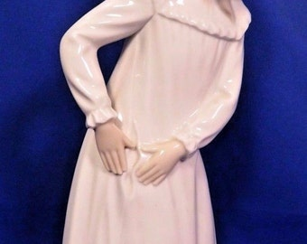 NAO by Lladro Figurine Young Girl Torn Nightgown Retired Jose Roig Spain Vtg