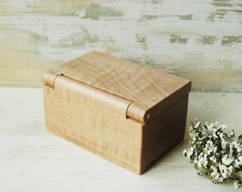 Spice Holder, Spice Box, Salt Box, Wooden Box, Woodworking, Hand made, Maple Box, Kitchen Accessories