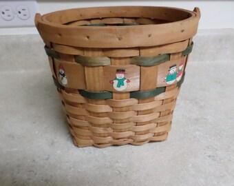 Vintage Round Woven Wood Christmas Basket