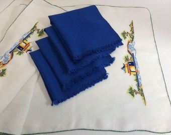 Stunning Asian Style Runner Embroidered with Matching Deep Blue Napkins, vintage