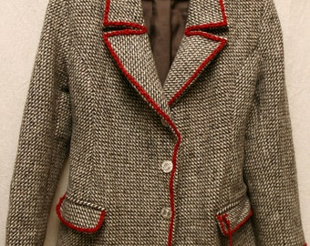 Woman jacket,wool jacket,warm jacket,stylish jacket for wintertime,gray woman jacket,red heart jacket,hipster lady jacket,vintage jacket