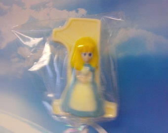 Alice in Wonderland First Birthday Lollipop-Vanilla Flavored Number 1 With Candy Alice-Perfect for 1st Birthdays (12)