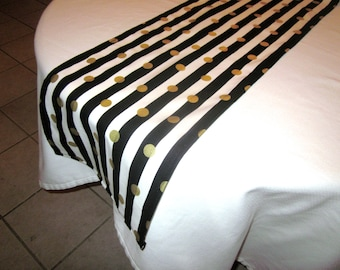 Black, Gold,  and White Stripe Table Runner,New Years Eve Party,  Wedding Table, Bridal Shower, Baby Shower, Graduation, Birthday Party