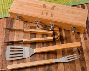 Monogrammed Grilling BBQ Set with Bamboo Case - Dads - Groomsmen Gift