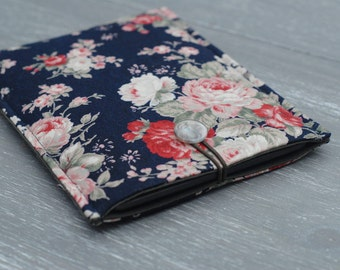 Floral Gadget Case/ iPad Mini Cover/ Kindle Touch Padded Sleeve (case)/ Kindle 6/ Kindle Paperwhite Cover in blue floral pattern with Button