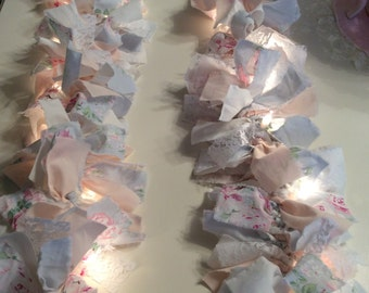 RA Pale Blue w/ Pink Roses Lighted Garland 7.5 ft