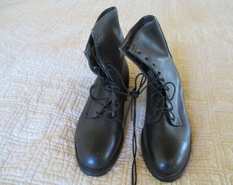 Vintage Craddock-Terry-  Steel Toe- Military Boots - size 7.5 W with Lace Work - Sturdy and do not look worn at all!  Look like new!