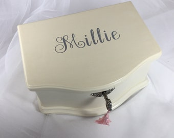 Pottery Barn Kids Abigail Jewelry Box: Medium OFF-WHITE with personalization