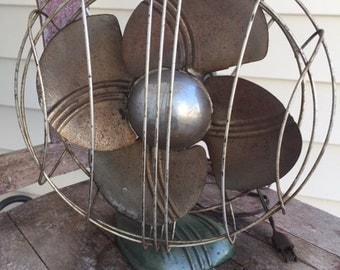 Vintage Fan-Desk Fan-Industrial Decor-Mid Century-Portable Fan-Wire Cage-Adjustable-Green-Old Fan-Home Decor-Mancave-Office Design