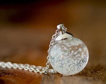 Let it snow snow ball chain. K421