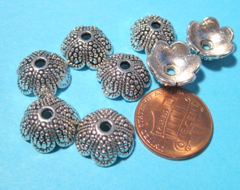 10pcs Antique Silver Acorn Tops Bead caps 13mm