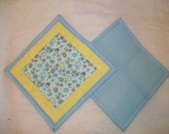 Easter egg quilted hot pad