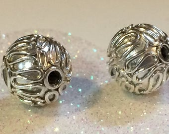 20% OFF SALE Bali Sterling Silver 10mm Round Ornate Bright Shiny Focal Bead #1562-B (1)