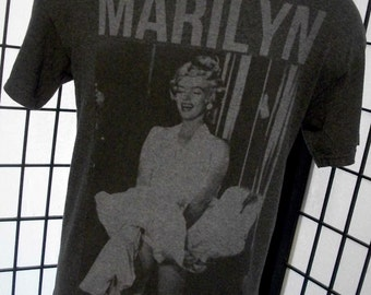 Marilyn Monroe The Seven Year Itch Dress Up picture vtg 50/50 tee shirt large l