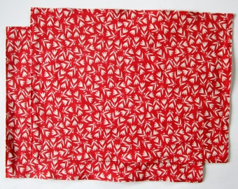 Organic Cloth Place Mats - Sets of 2 - Red and White Flowers -  Reversible