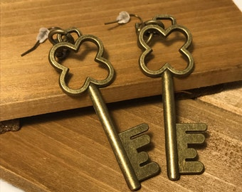 Clover Key Drop Earrings