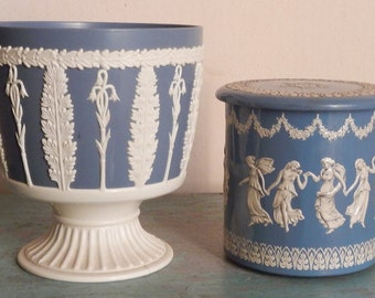Pair of Vintage Neoclassical Decor!