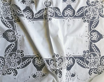 Vintage white large embroidered tablecloth 215 cm x 172 cm / 84.6 inch x 67.7 inch
