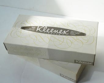 Kleenex Tissues / Old New Unused Stock /2  Boxes / Tissues from the past! / These are for the living room.